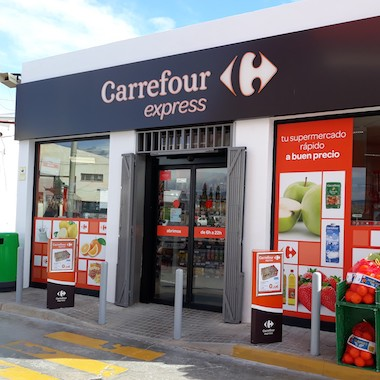 Carrefour store from the exterior
